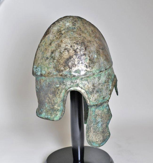 A Chalcidian Tinned Bronze Helmet - 4