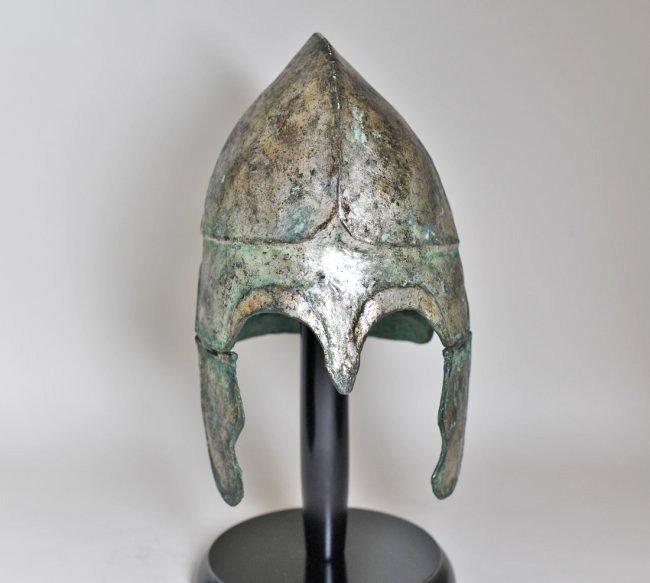 A Chalcidian Tinned Bronze Helmet - 8
