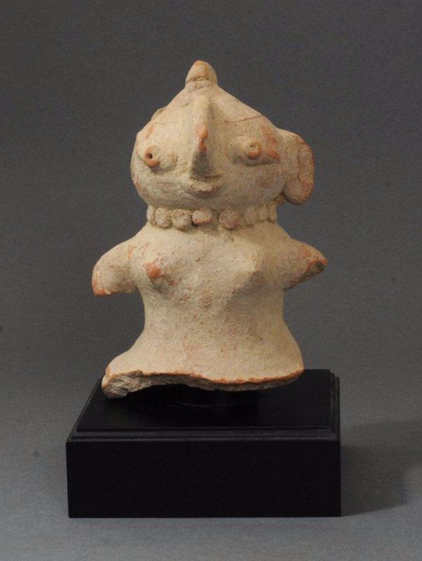 ANCIENT INDUS VALLEY FEMALE TERRACOTTA FIGURE