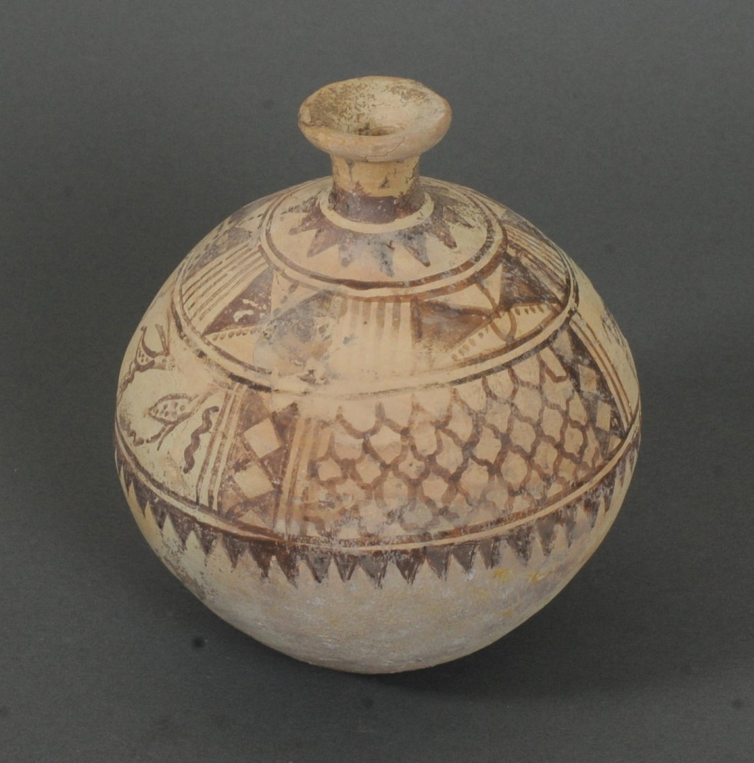 ANCIENT INDUS VALLEY TERRACOTTA VESSEL