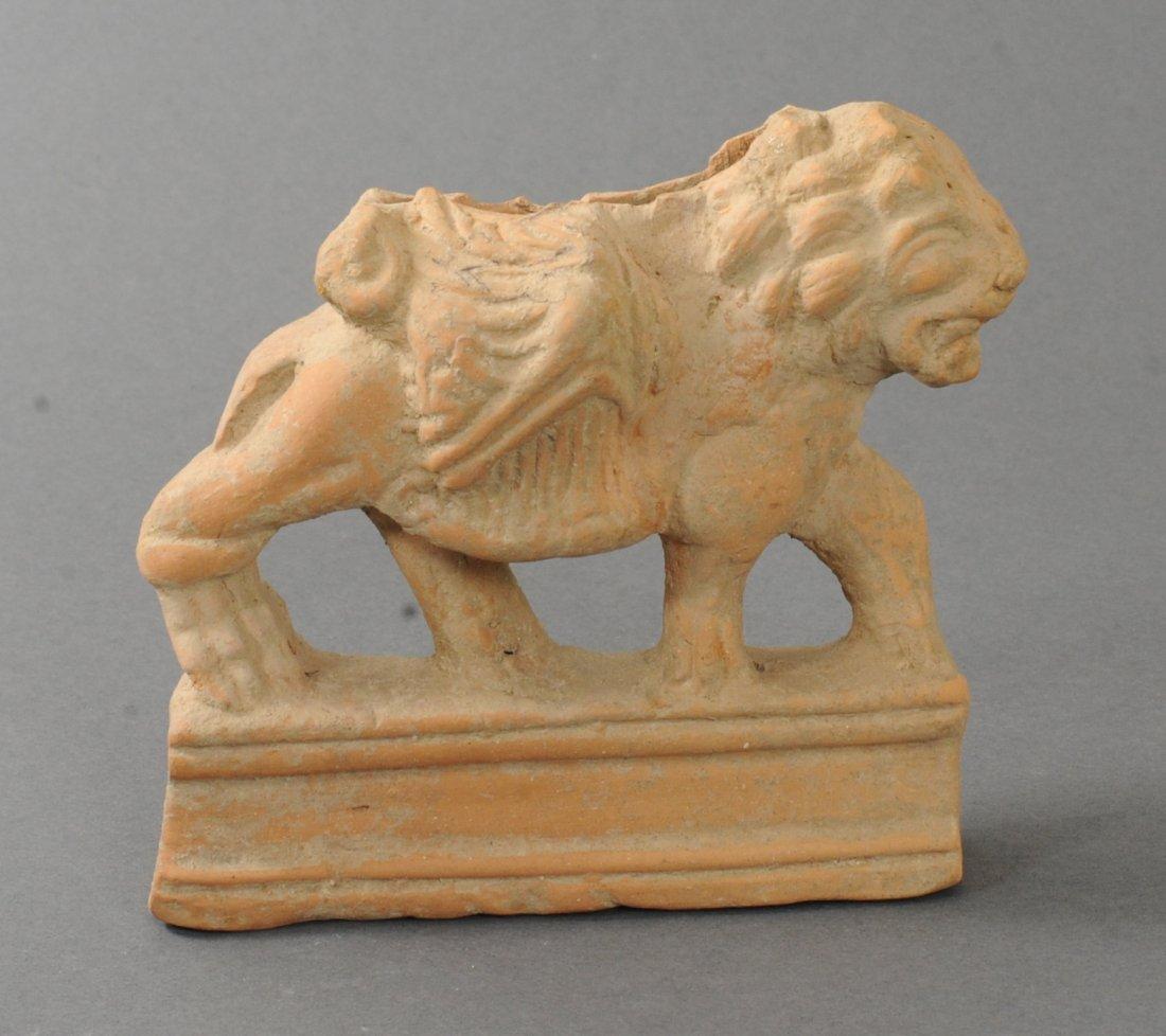 ANCIENT HELLENISTIC TERRACOTTA FIGURE OF A LION