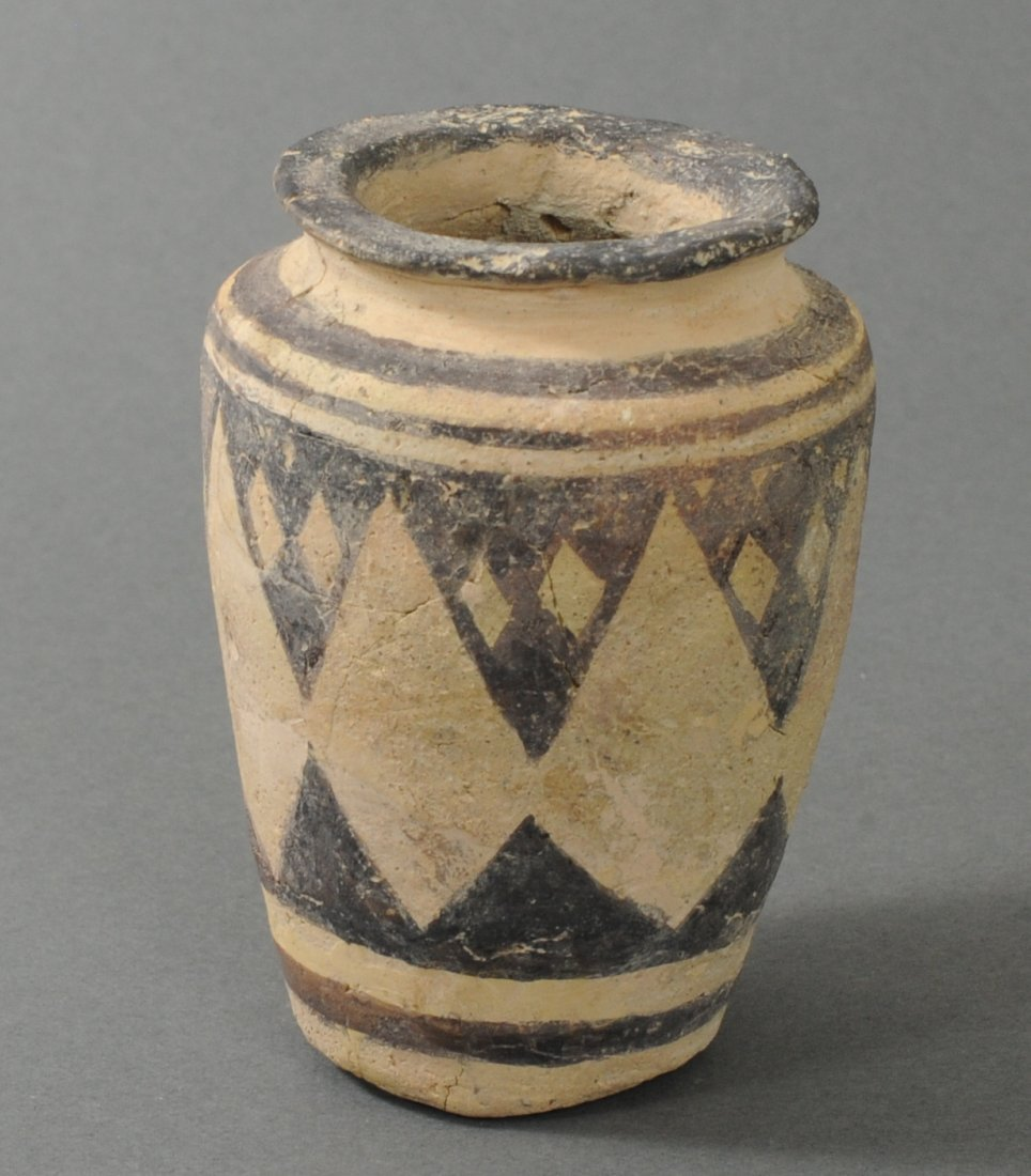ANCIENT INDUS VALLEY TERRACOTTA PYXIS