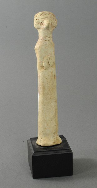 ANCIENT LARGE TERRACOTTA FIGURE OF A MALE IDOL