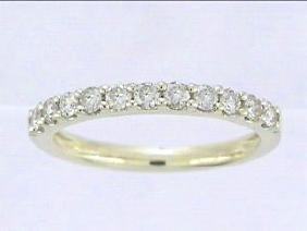 0.46 CTW Diamond Wedding Band  Ring in 14K Yellow Gold