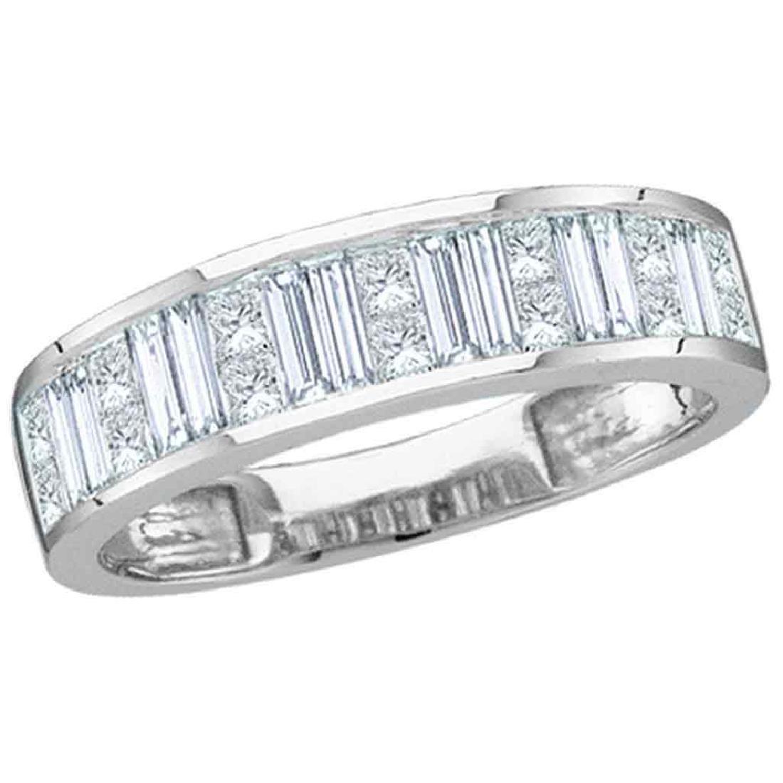 1 CTW Diamond Wedding Anniversary Ring 14KT White Gold