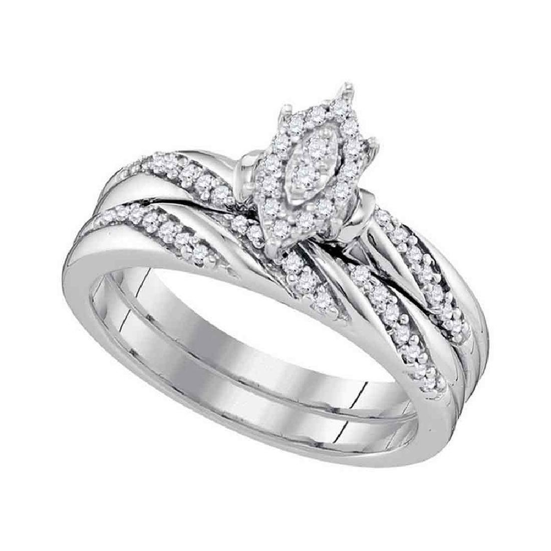 0.25 CTW Diamond Oval Cluster Bridal Engagement Ring