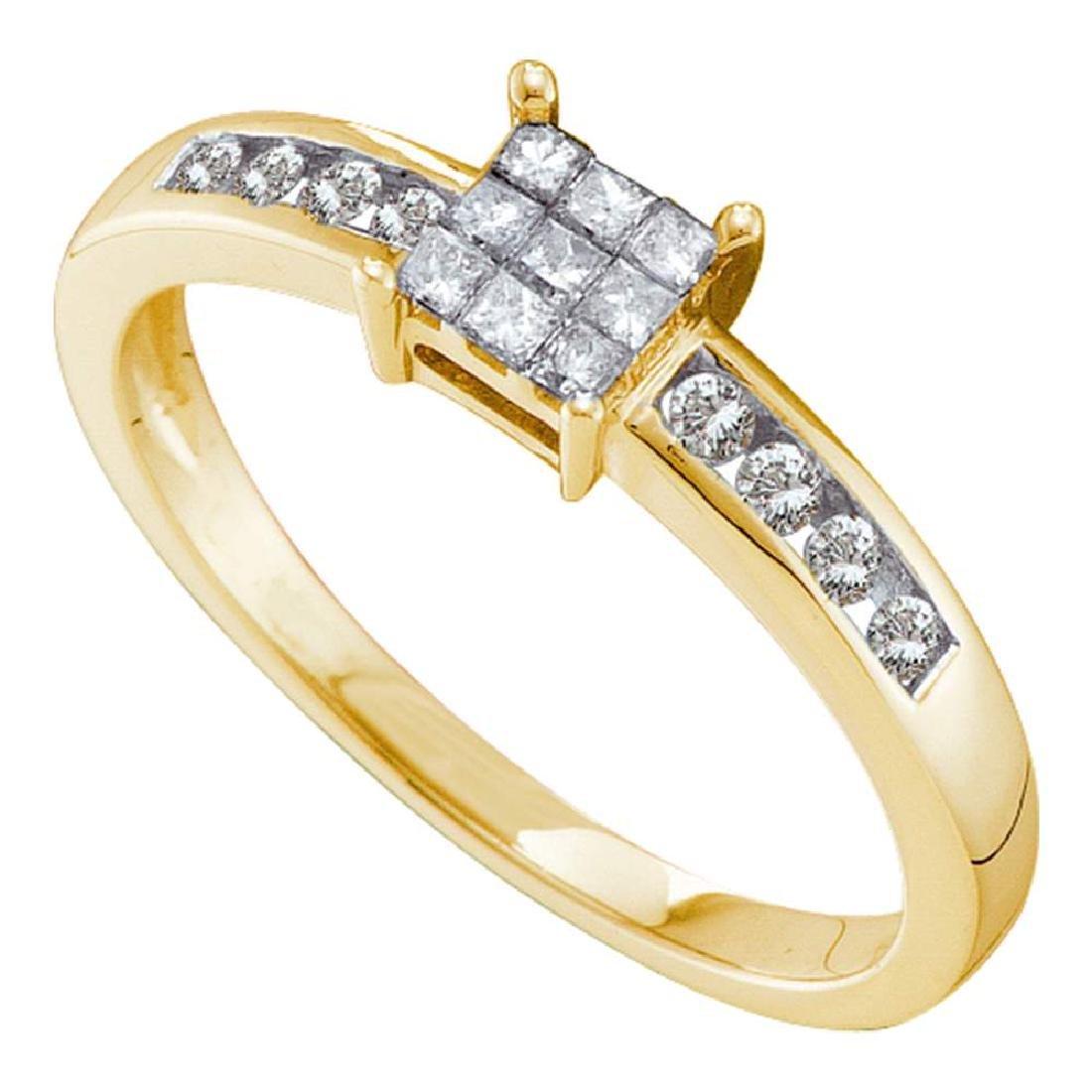 0.26 CTW Princess Diamond Square Cluster Ring 14KT
