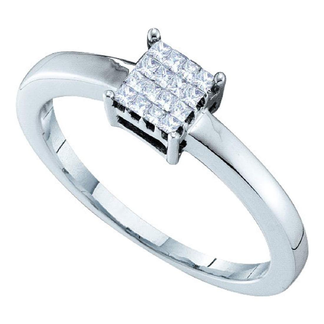 0.13 CTW Princess Diamond Square Cluster Ring 14KT