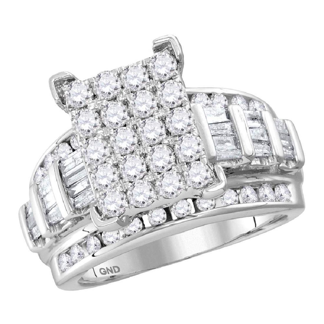 3.02 CTW Diamond Cluster Bridal Engagement Ring 10KT