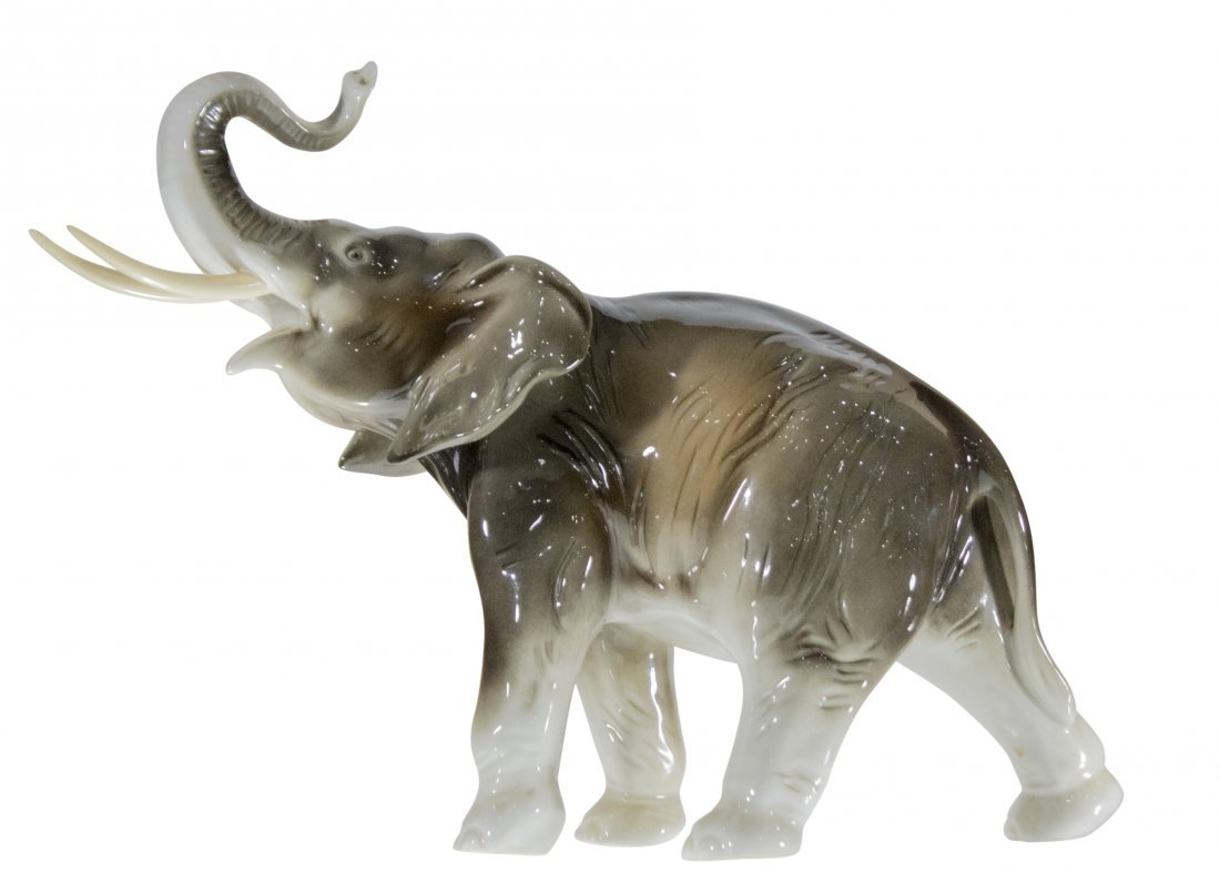 ROYAL DUX  Fine Quality Porcelain Elephant [larger]