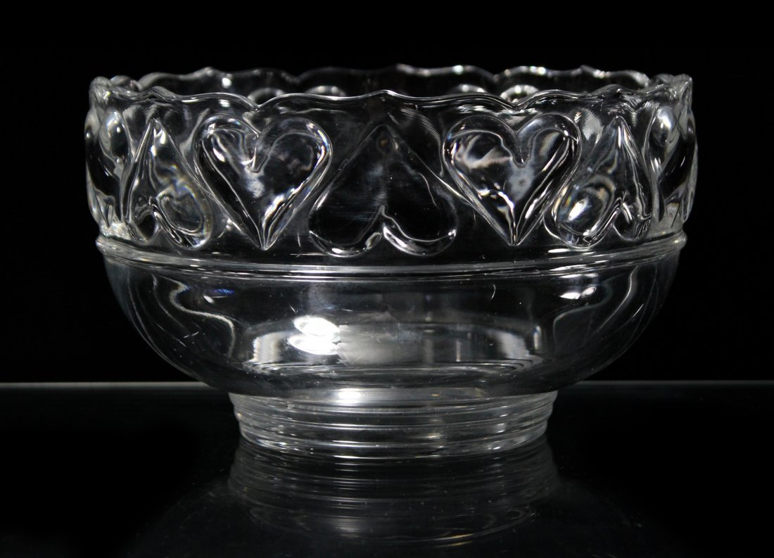 TIFFANY & CO Crystal Glass Bowl Hearts Border Rim
