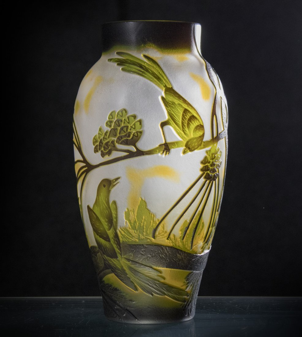 CAMEO GLASS VASE BIRDS ON BRANCHES - 3 COLOR CUT