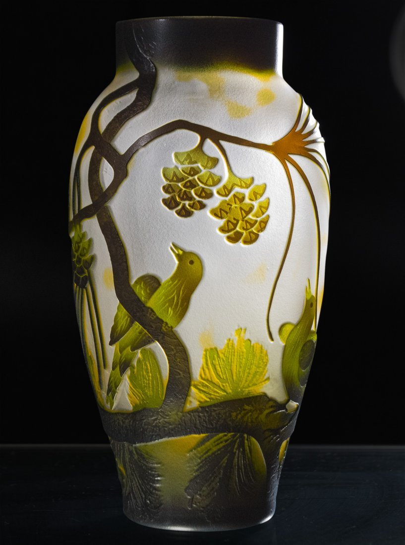 CAMEO GLASS VASE BIRDS ON BRANCHES - 3 COLOR CUT - 2