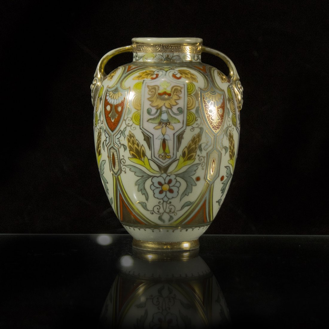 NORITAKE RENAISSANCE DECORATED HANDLED VASE TOP QUALITY