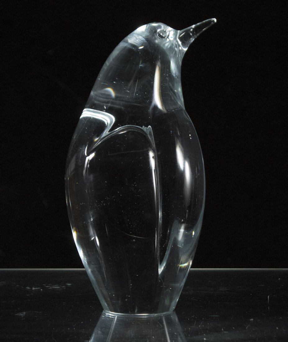 R. AUSTIN Signed STUDIO ART GLASS PENGUIN Figure