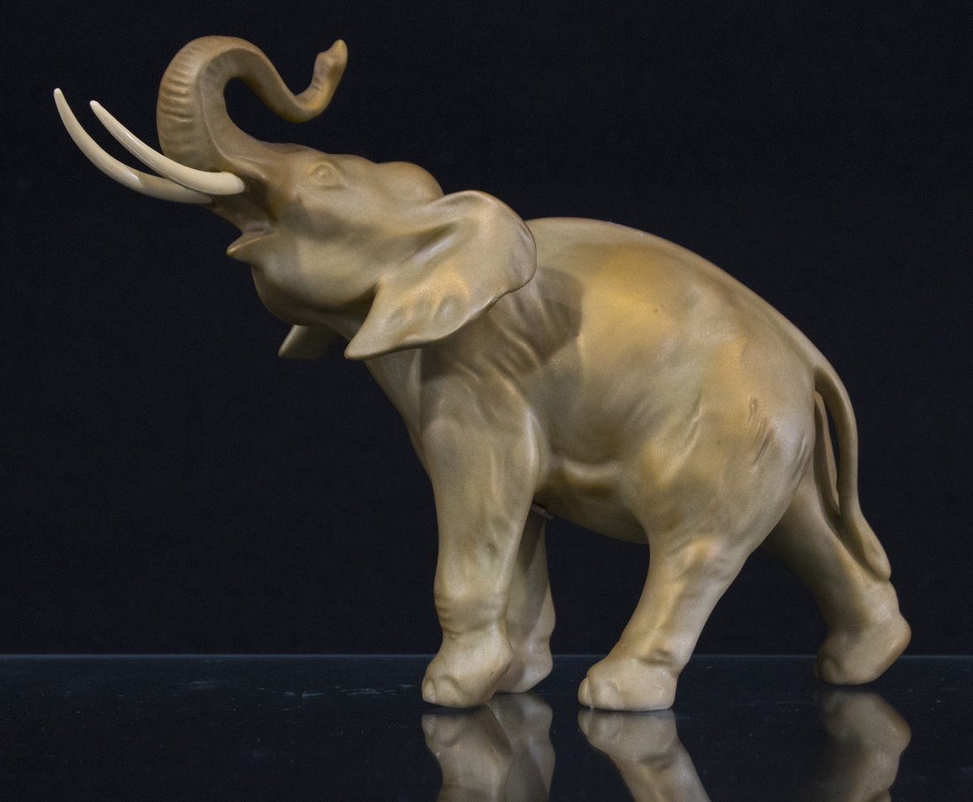 ROYAL DUX  Fine Quality Porcelain Elephant