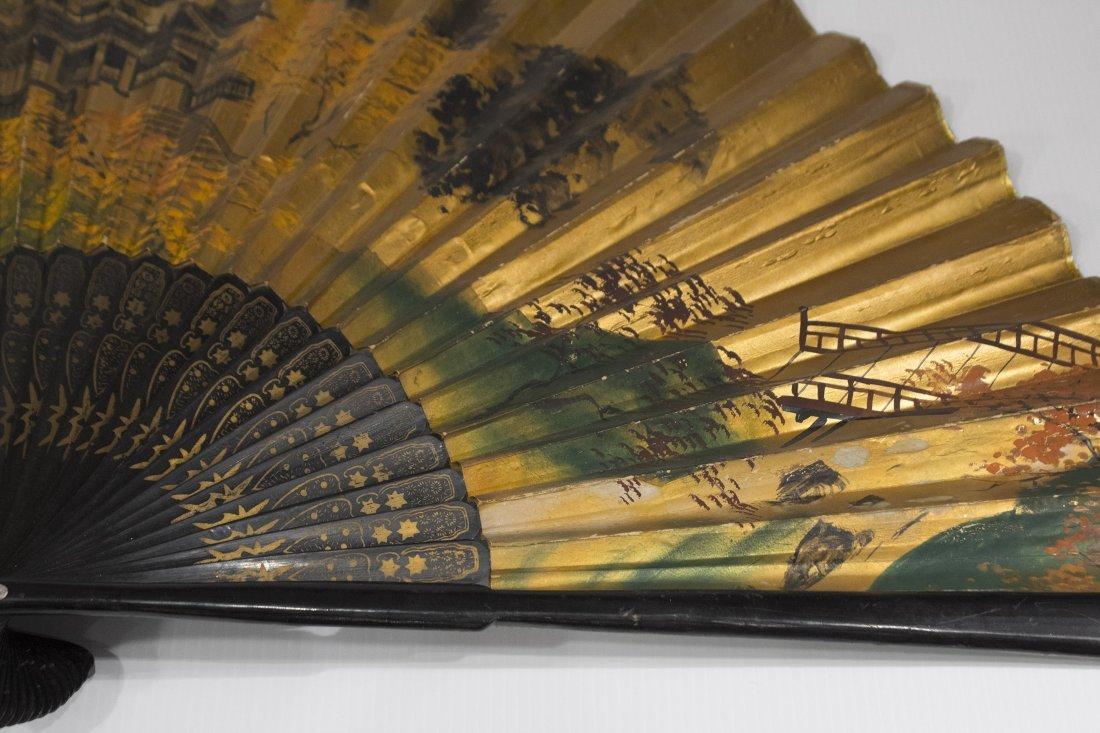 Large ORIENTAL ASIAN HAND FAN Gold Gilt Scenic Design - 4
