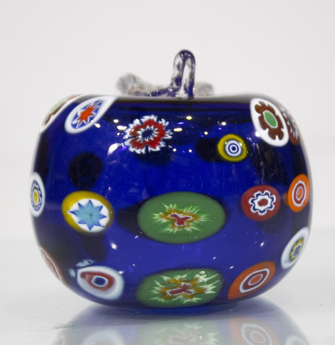 MILIFIORE MURANO GLASS APPLE PAPERWEIGHT BLUE - 2