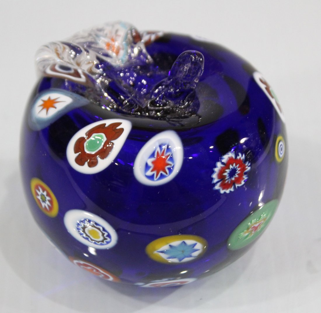 MILIFIORE MURANO GLASS APPLE PAPERWEIGHT BLUE - 3