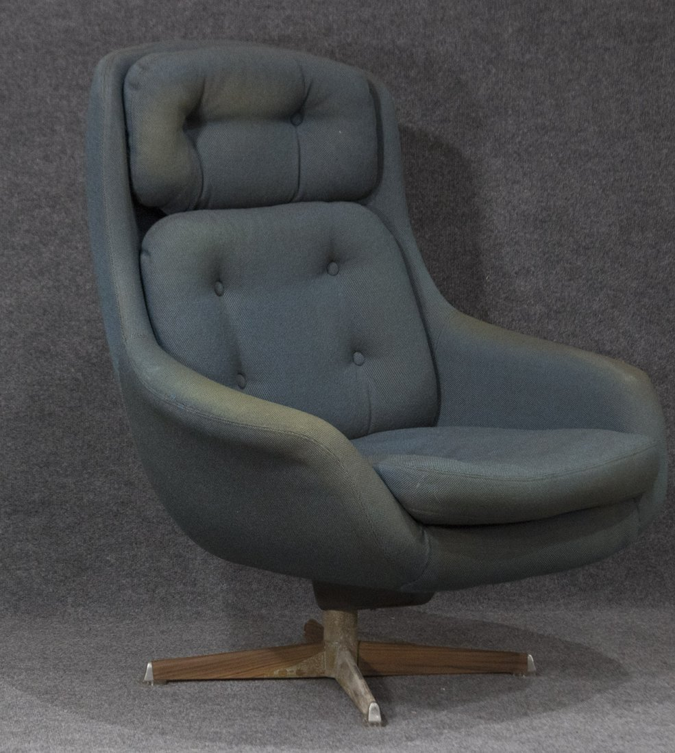 SELIG Mid Century Modern GROOVY SWIVEL LOUNGE CHAIR