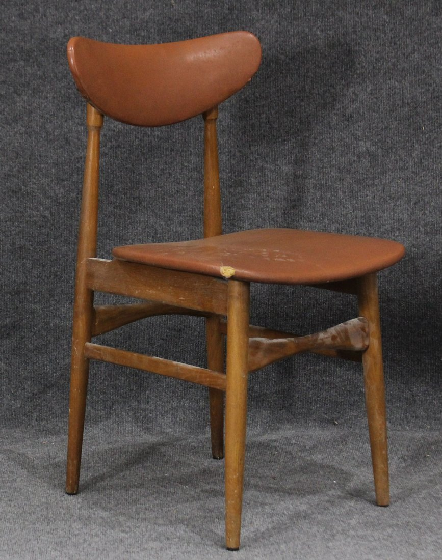 MID CENTURY MODERN SIDE CHAIR - Very Stylish Design