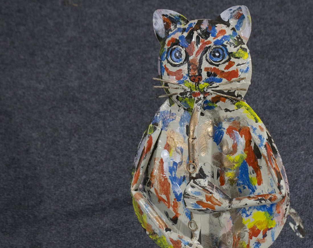 MID CENTURY MODERN TIN CAT IN PAINTED DRIP ART by MONTI - 3