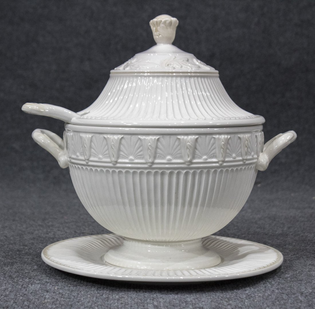 LENOX Covered Tureen, Under Plate and Ladle