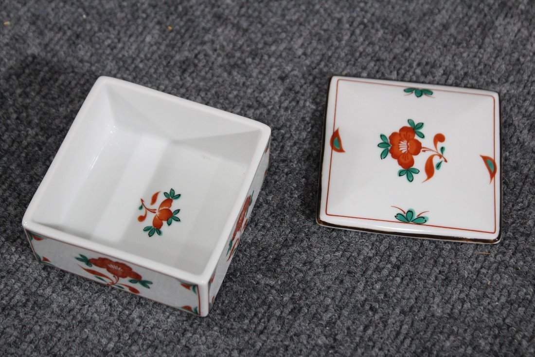Tiffany & co trinket box with red flower - 2