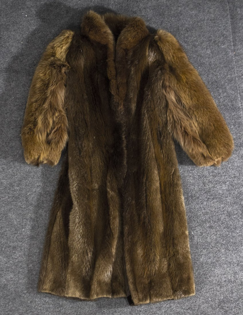 Long fur coat jacket Canadian, susan oiffi
