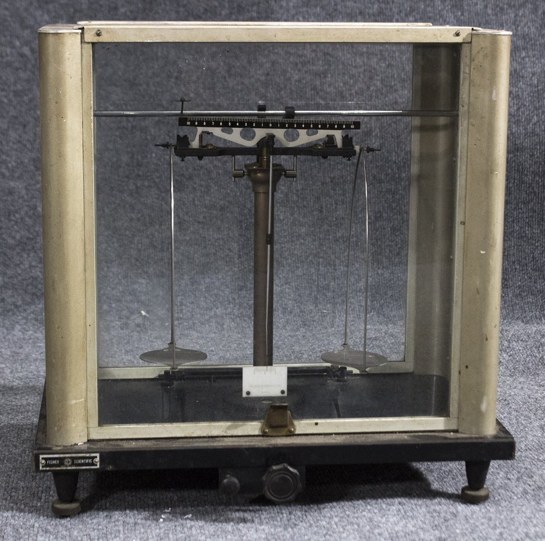 Fisher scientific scale in glass and metal case