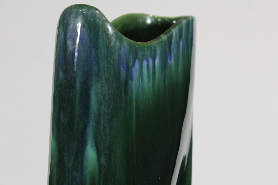 ROYAL HAEGER Mid Century Stylish Tall Green Glaze Vase - 7