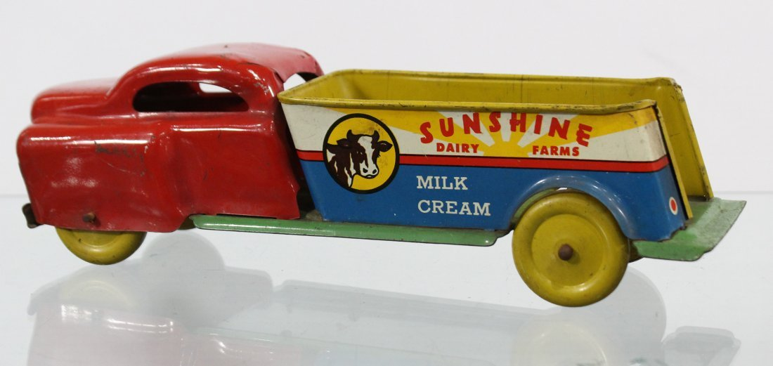 Antique SUNSHINE DAIRY FARMS PRESSED STEEL TRUCK - 4
