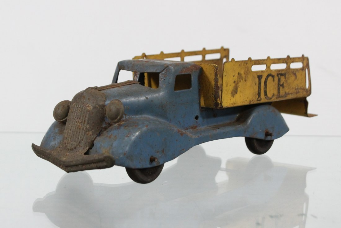 Antique PRESSED STEEL ICE TRUCK WITH ACCESSORIES - 4