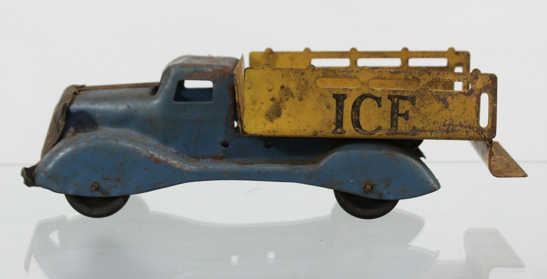 Antique PRESSED STEEL ICE TRUCK WITH ACCESSORIES - 5
