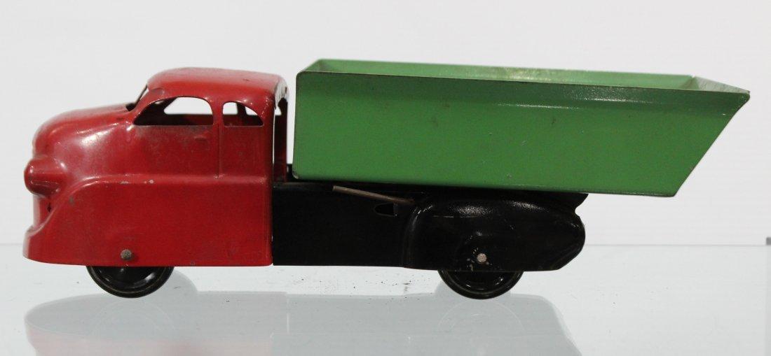 Antique PRESSED STEEL DUMP TRUCK Red Green - 4