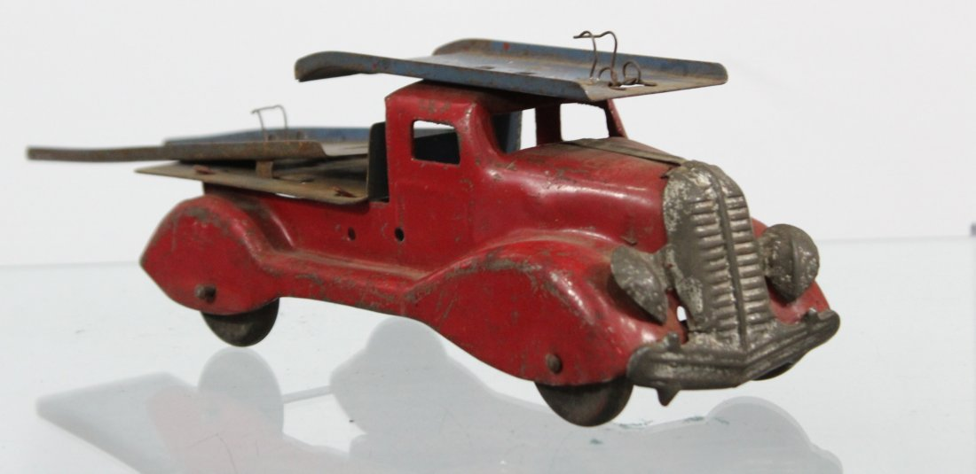 Antique PRESSED STEEL CAR CARRIER TRUCK Red - 3