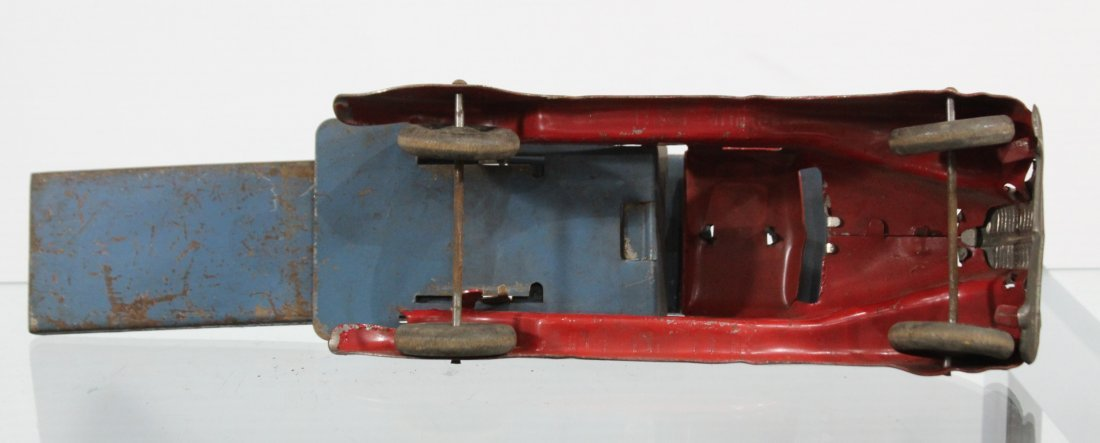 Antique PRESSED STEEL CAR CARRIER TRUCK Red - 6