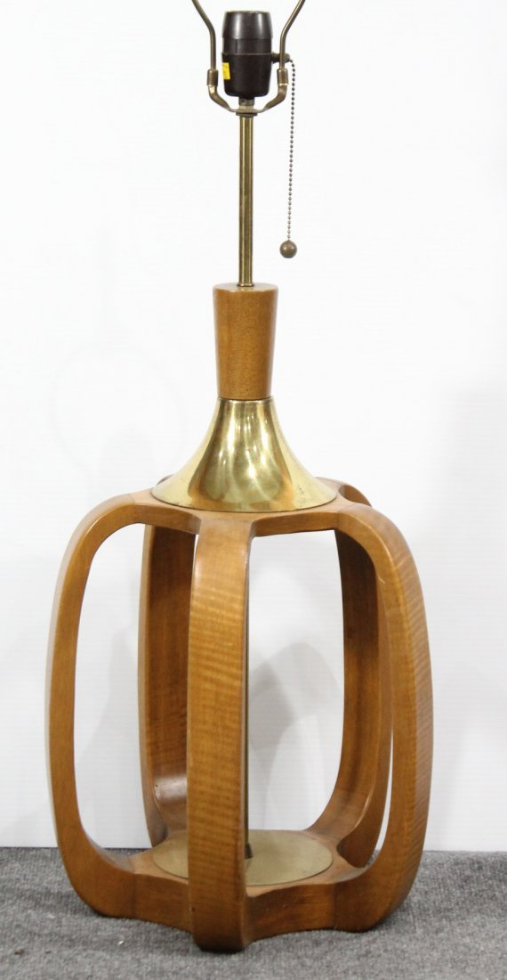 MID CENTURY MODERN TEAK AND BRASS TABLE LAMP