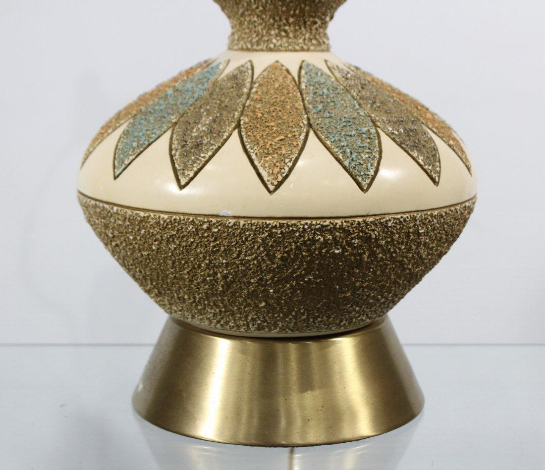MID CENTURY MODERN CERAMIC TABLE LAMP - 3