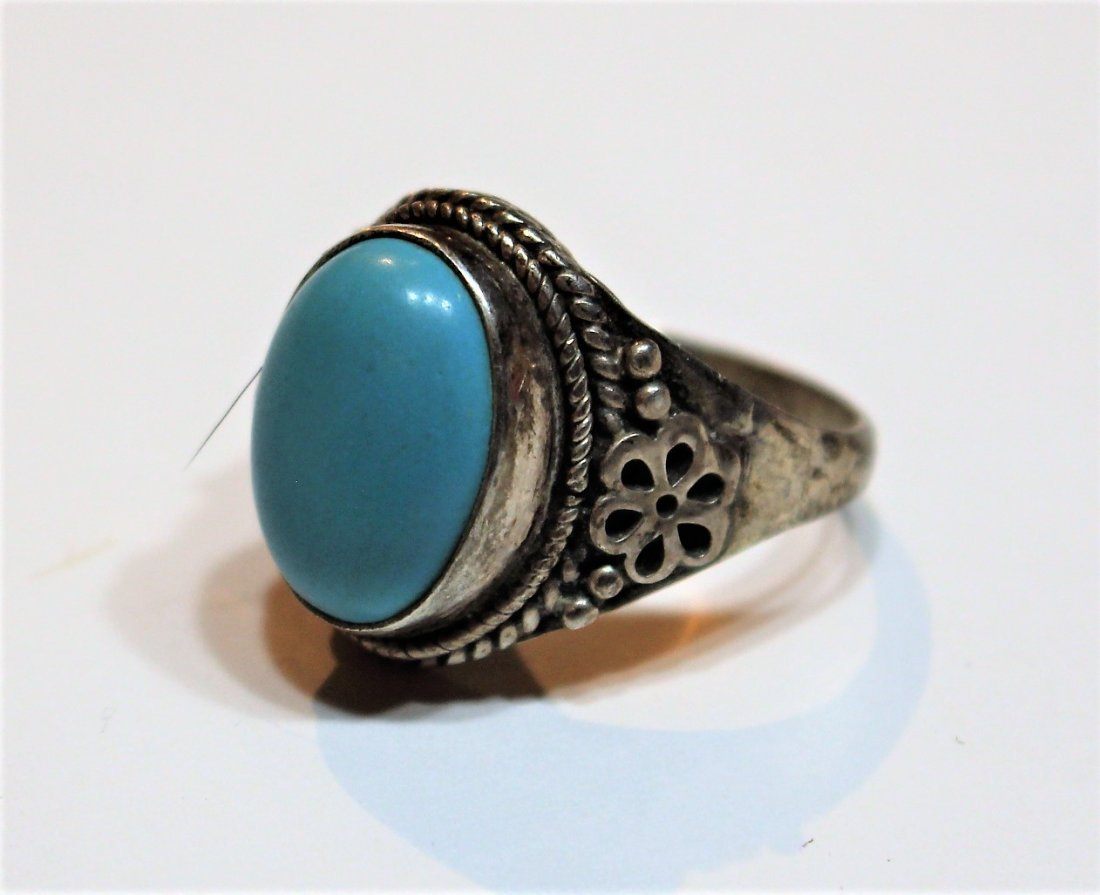 .925 Sterling Silver and Turquoise Oval Ring - 2