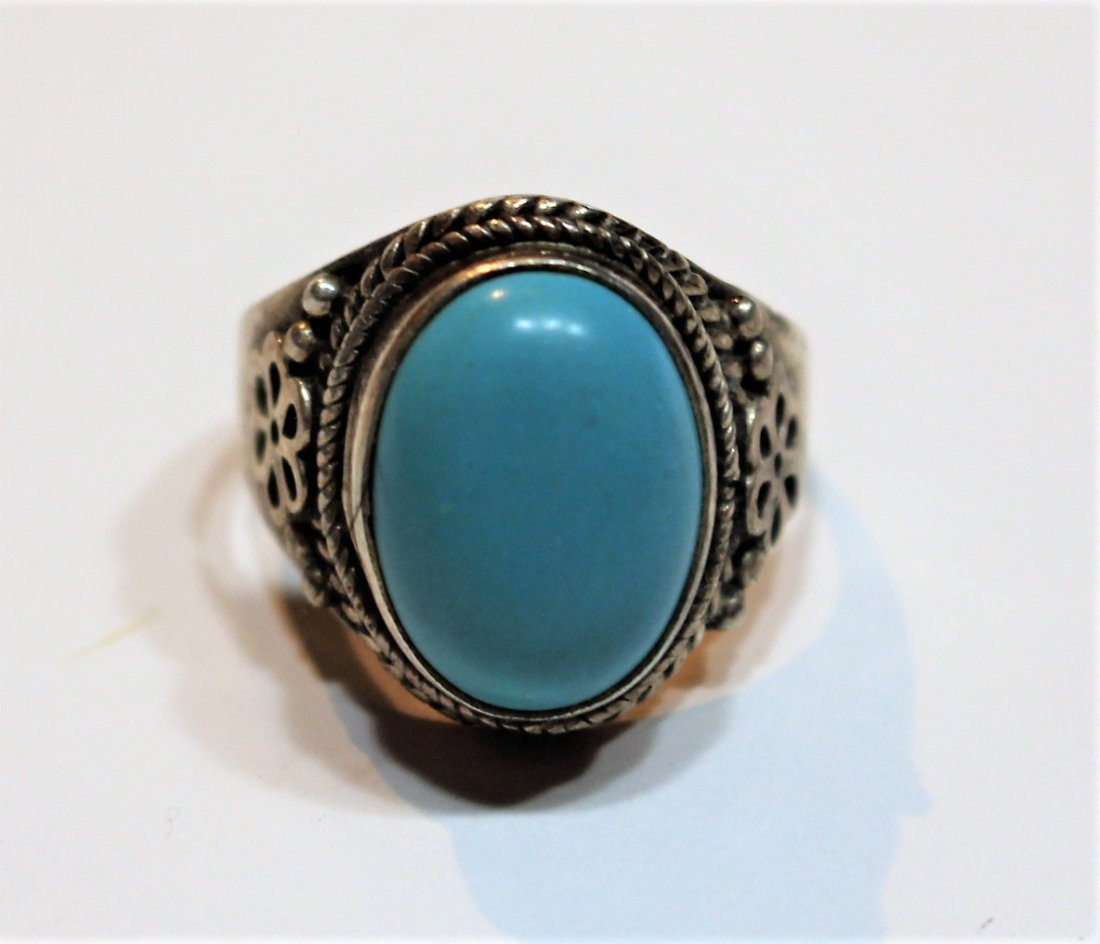 .925 Sterling Silver and Turquoise Oval Ring - 3