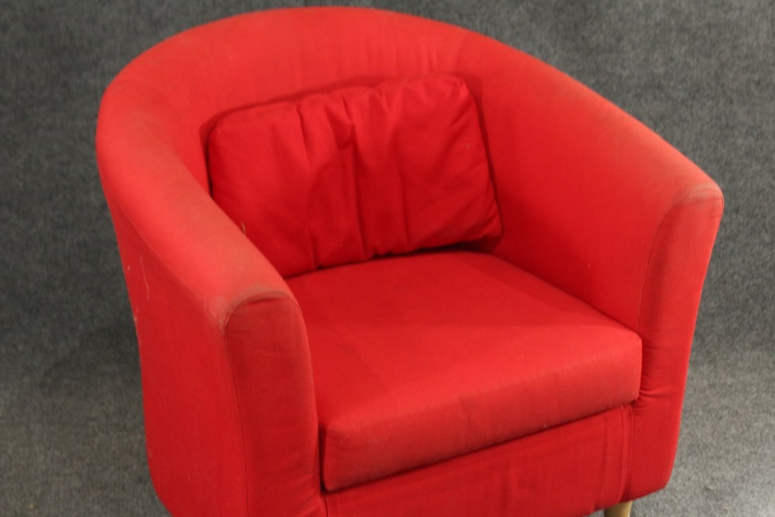 Mid-century style red lounge chair - 2