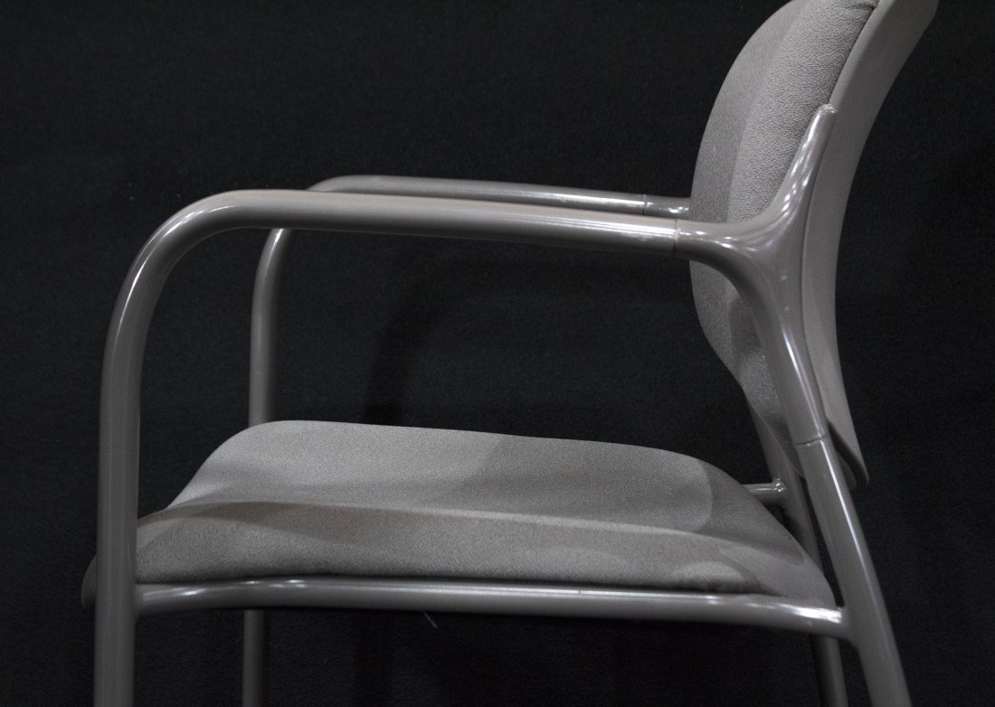 SET NINE HERMAN MILLER QUALITY STACKING ARM CHAIRS - 3
