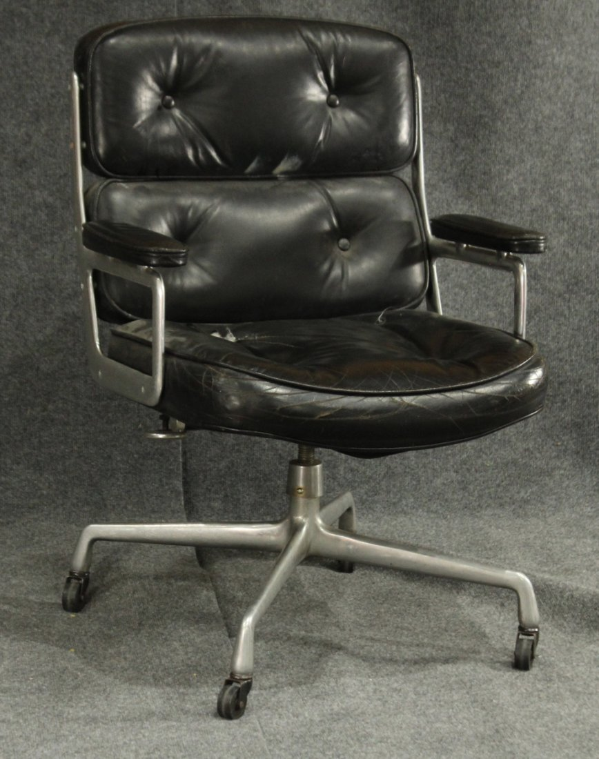 HERMAN MILLER SOFT BLACK LEATHER ALUM. OFFICE CHAIR