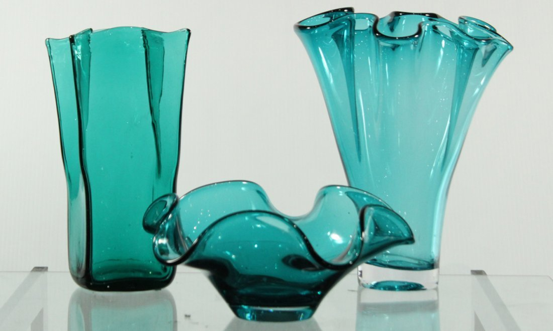 3-PIECE ASSORTED MID CENTURY TEAL GLASS VASES , BOWL