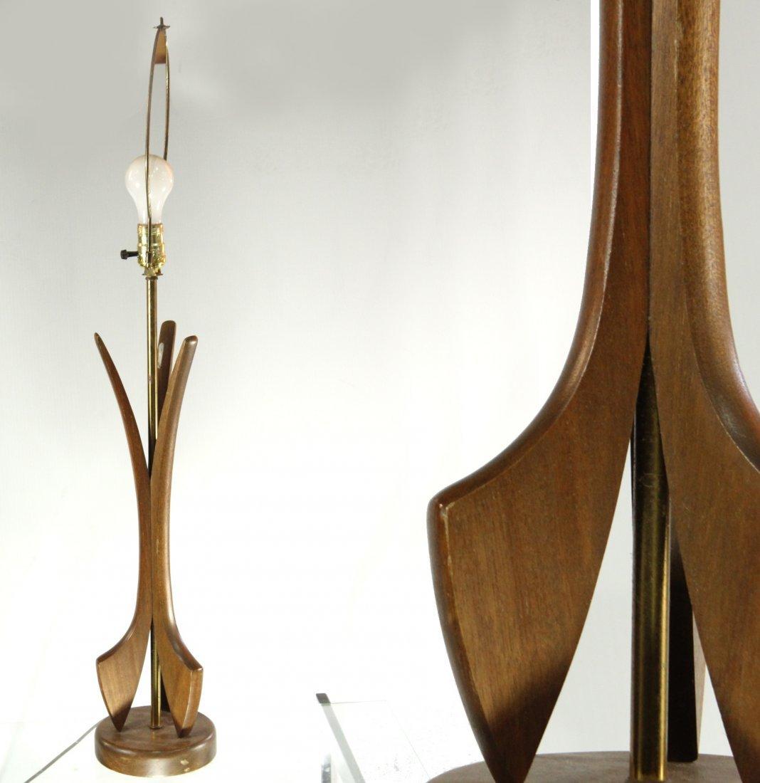 MID CENTURY MODERN PEARSALL STYLE TEAK TABLE LAMP