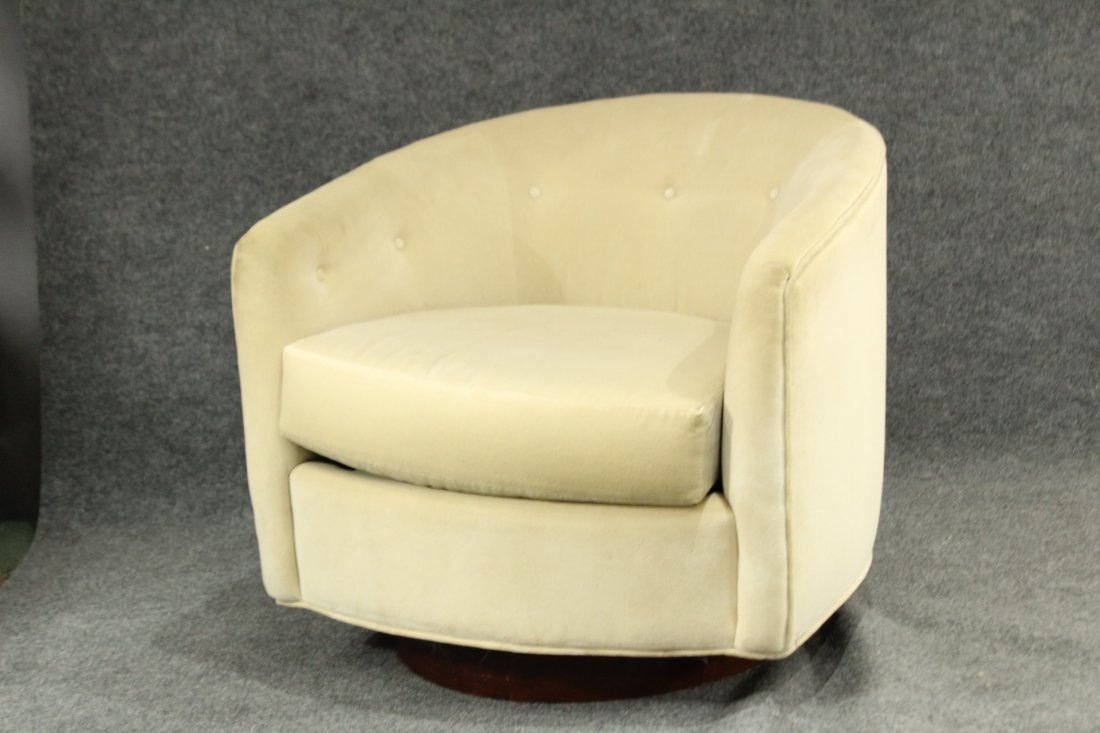 MILO BAUGHMAN Style SWIVEL OCCASIONAL CHAIR