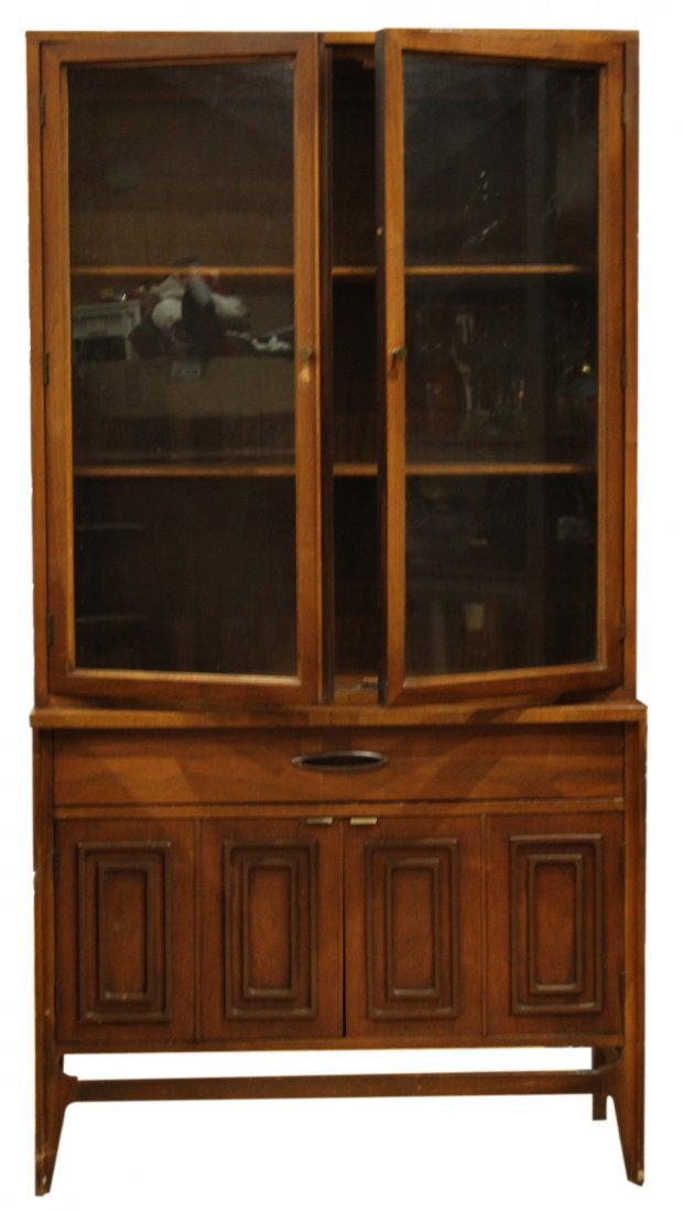 MID CENTURY MODERN SMALL CHINA CABINET - STYLISH