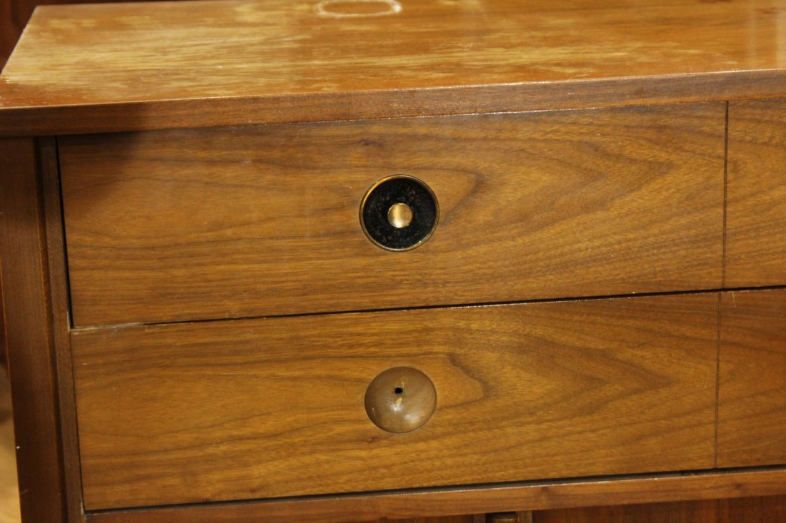 2-Piece MID CENTURY MODERN BR CHEST AND BED STAND - 7