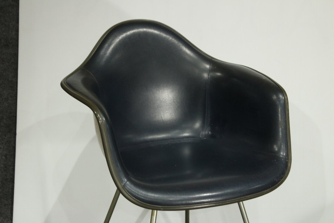 CHARLES EAMES 1950s SHELL CHAIR DARK NAVY BLUE LEATHER - 2